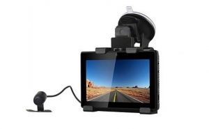 Tableta / Navigator GPS / camera DVR auto cu Wifi si ecran tactil 5 inch, la doar 939 RON in loc de 1899 RON