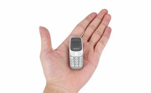 Mini telefon mobil