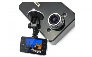 Martorul tau in trafic. Camera Auto K6000 FULL HD, la 109 RON in loc de 329 RON