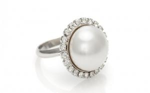 Inel White Pearl