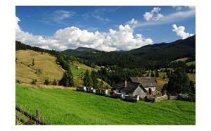 Circuit 3 zile - Bucovina pe Transrarau, Pasul Tihuta si cele 3 Lacuri Minunate - transport autocar, cazare cu mic dejun + ghid