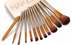 Set 12 pensule profesionale pentru machiaj Naked 3