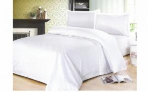 Lenjerie de pat single, culoare alba, acum la pretul de 75 RON in loc de 149 RON