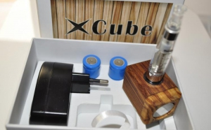 Kit x Cube LUX - cadoul perfect, Gratis 10 ml lichid, la doar 167 RON in loc de 349 RON