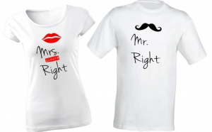 Set de tricouri pentru cuplu de indragostiti Mrs./Mr.Right, la 99 RON in loc de 200 RON