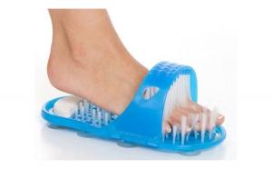 Papuc de baie cu ventuze si perii pentru masaj