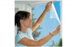Plasa de tantari adeziva pentru fereastr