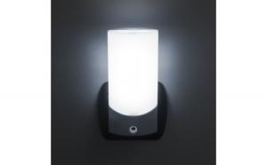 Lumina de veghe LED cu senzor de