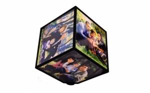 Cub rotativ cu 6 fete pentru fotografii, la doar 33 RON in loc de 89 RON!