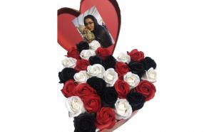 Trandafiri din sapun parfumati - inimioara 25 cm, i2-06