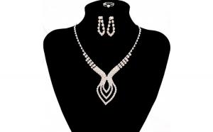 Set bijuterii de