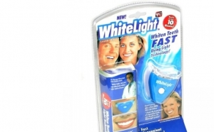 Set 2 Kit-uri de albire a dintilor White Light la doar 45 RON in loc de 98 RON