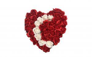 Trandafiri din sapun - inimioara, Martie, luna femeii, Martisoare & Flori