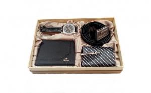 Set cadou barbati (curea din piele ecologica ,cravata,portofel si ceas), la 99 RON in loc de 199 RON