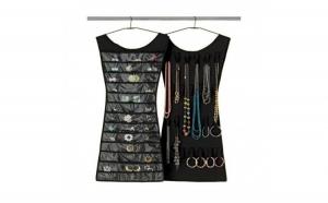 Organizator bijuterii si accesorii Little Black Dress, la doar 19 RON in loc de 38 RON