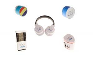 Pachet Centenar Boxa Tricolor BT-85 Albastra + Casti PC, Over-The-Ear, Alb + Adaptor Universal de Priza EUUKSUA cu 2xUSB + Boxa Bluetooth BT-90, Albastru + Statie meteo cu ceas desteptator 3210