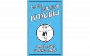 Cartea baietilor invincibili, autor Huw Davies