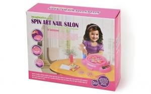 Set jucarie Salonul de manechiura Spin Art Nail, 14 accesorii, materiale non-toxice, la doar 55 RON in loc de 95 RON