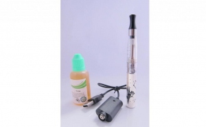 Starter kit tigara electronica eGo-Z 650 mah - 30 ml lichid bonus, la 56 RON in loc de 119 RON