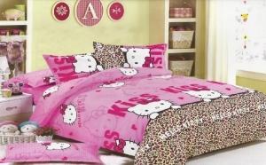 Lenjerie de pat model Hello Kitty, material bumbac, la 99 RON in loc de 199 RON! Garantie 12 luni!
