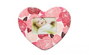 3 magneti in forma de inima si personalizati cu pozele preferate, la doar 20 RON de la 45 RON