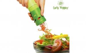 Dispozitiv de tocat legume Curly Veggies la 19 RON in loc de 65 RON