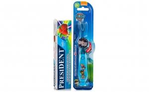 Periuta dinti Paw Patrol LED, copii 3+ ani Blu + pasta dinti President - Capsuni