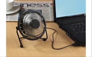 Ventilator mini de birou cu alimentare USB