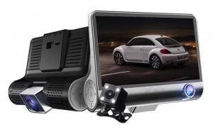 Camera auto 3 in 1 ce filmeaza in fata, in interiorul si in spatele masinii