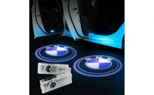 Set 2 proiectoare portiere, cu logo, dedicate BMW F10, E90, E60, F01