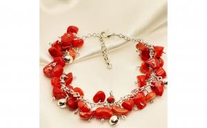Bratara cu coral rosu