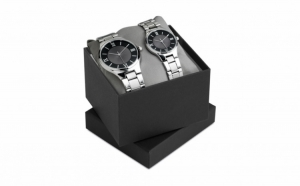Set 2 ceasuri superbe la doar 134 RON in loc de 389 RON. Carcasa metalica din INOX