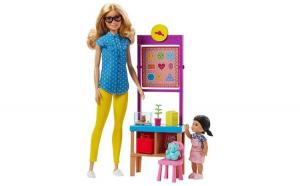 Papusa Barbie profesoara cu elev si sala de clasa , pentru copii