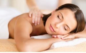 Scapa de centimetri in plus sau acordati un moment de relaxare: Pachet 6 sedinte de masaj la 135 RON
