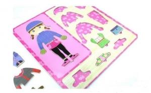 """Puzzle incastru """"Imbraca copilul"""", 2 variante, imagini in interior, la doar 25 RON in loc de 39 RON"""