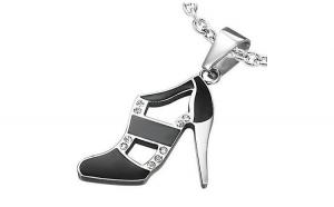 Pandant otel in forma de pantof cu toc