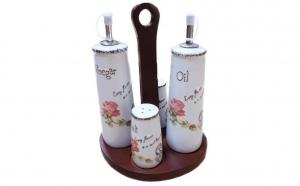 Oliviera cu 4 recipiente, din ceramica, pe suport din lemn + 2 prosoape din bumbac Pakistanez la doar 89 RON in loc de 159 RON