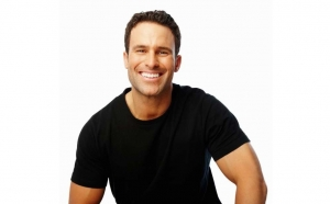Plomba simpla de culoarea dintelui + consultatie stomatologica