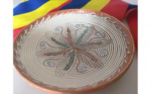 Farfurie traditionala ceramica de Horezu