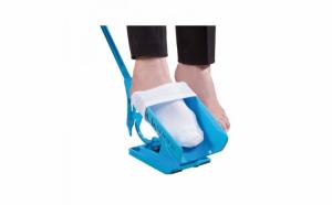 Suport pentru incaltat ciorapi si sosete