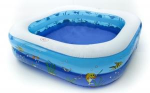 Piscina gonflabila pentru copii, dimensiuni 160 x 160 x 43 cm, la doar 165 RON de la 330 RON