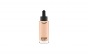 Fond de ten MAC Studio Waterweight,
