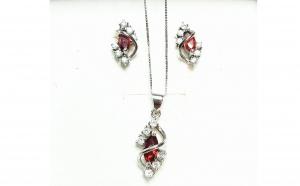 Set Cercei si lant cu pandativ din Argint, cu zirconiu alb si rosu