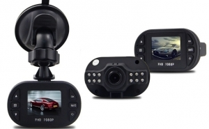 Camera auto HD C600 audio-video, senzor G si miscare, night vision, la 149 RON in loc de 299 RON