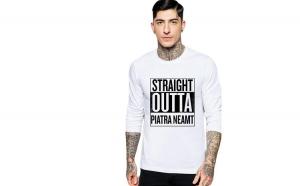 Bluza barbati alba - Straight Outta Piatra Neamt