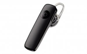 Incarcator + 4 acumulatori AA 4500 mAh + doua casti Bluetooth model 2020