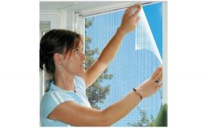 Pachet impotriva insectelor: 3 x plasa pentru fereastra + perdea usa