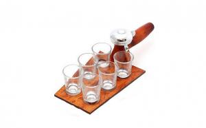 Mistrie cu 6 pahare din sticla