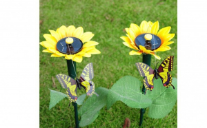 2 lampi solare cu decoratiune fluture