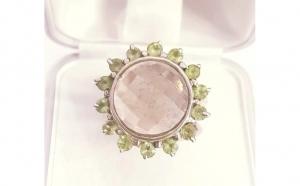 Inel masiv din Argint, cu Peridote si Cuart roz - Masura 7.5 (U), circumferinta 56.5
